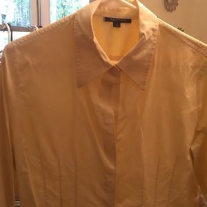 Ann Klein tailor fitted button down
